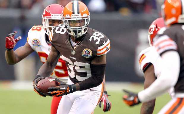 Tashaun Gipson continues to take the NFL by storm as he came up with his league leading 6th interception on Sunday. (Photo credit: Cleveland.com)