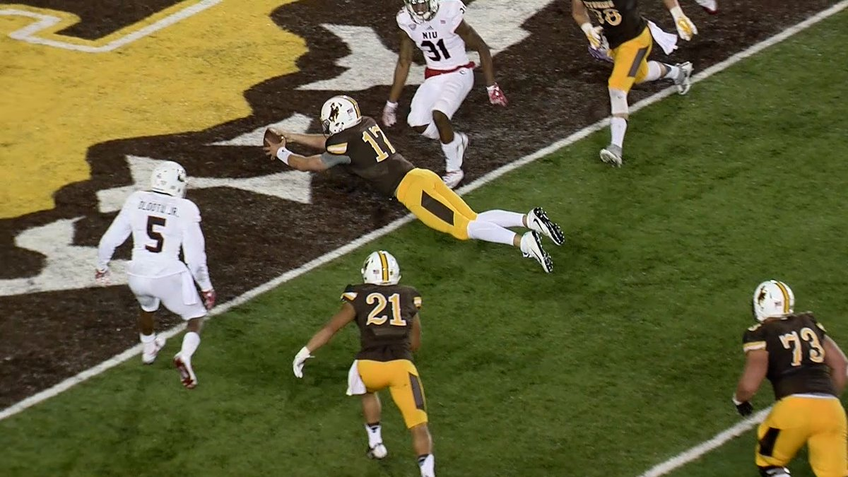 (Photo: @wyo_football)